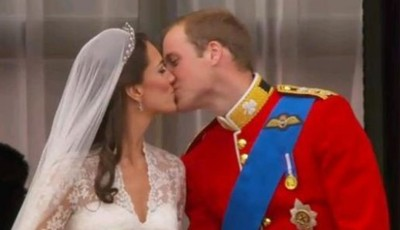 Le baiser officiel de Kate et William