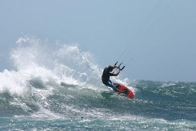 Figure de kite surf au large de Lancelin en Australie