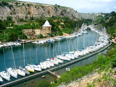 Le port de la Calanque de Port-Miou à Cassis