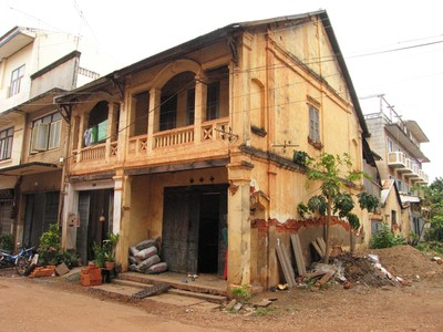 maison-coloniale-savannakhet