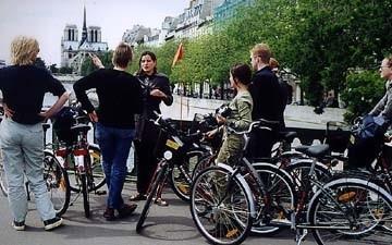 Visiter Paris à vélo