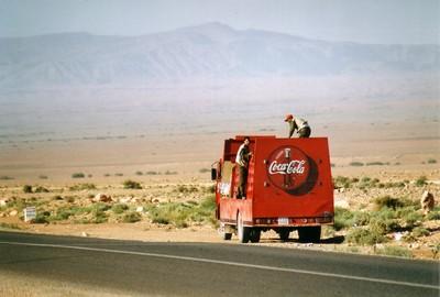vehicule-coca-desert