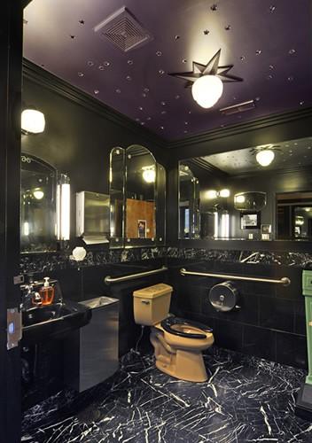 Meilleures toilettes des Etats-Unis 2010 : The Fountain on Locust