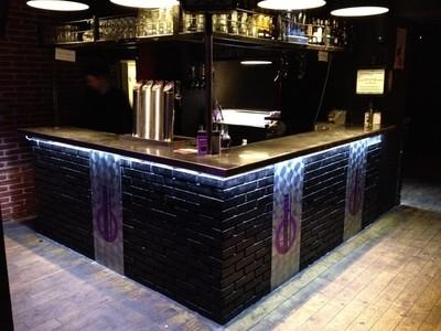 salle du Wall Street Bar