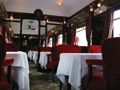 ancien wagon-restaurant