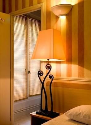 chambre hôtel de l'avre décoration luminaires