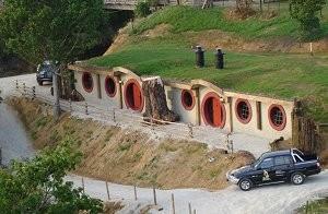 Hobbit motel